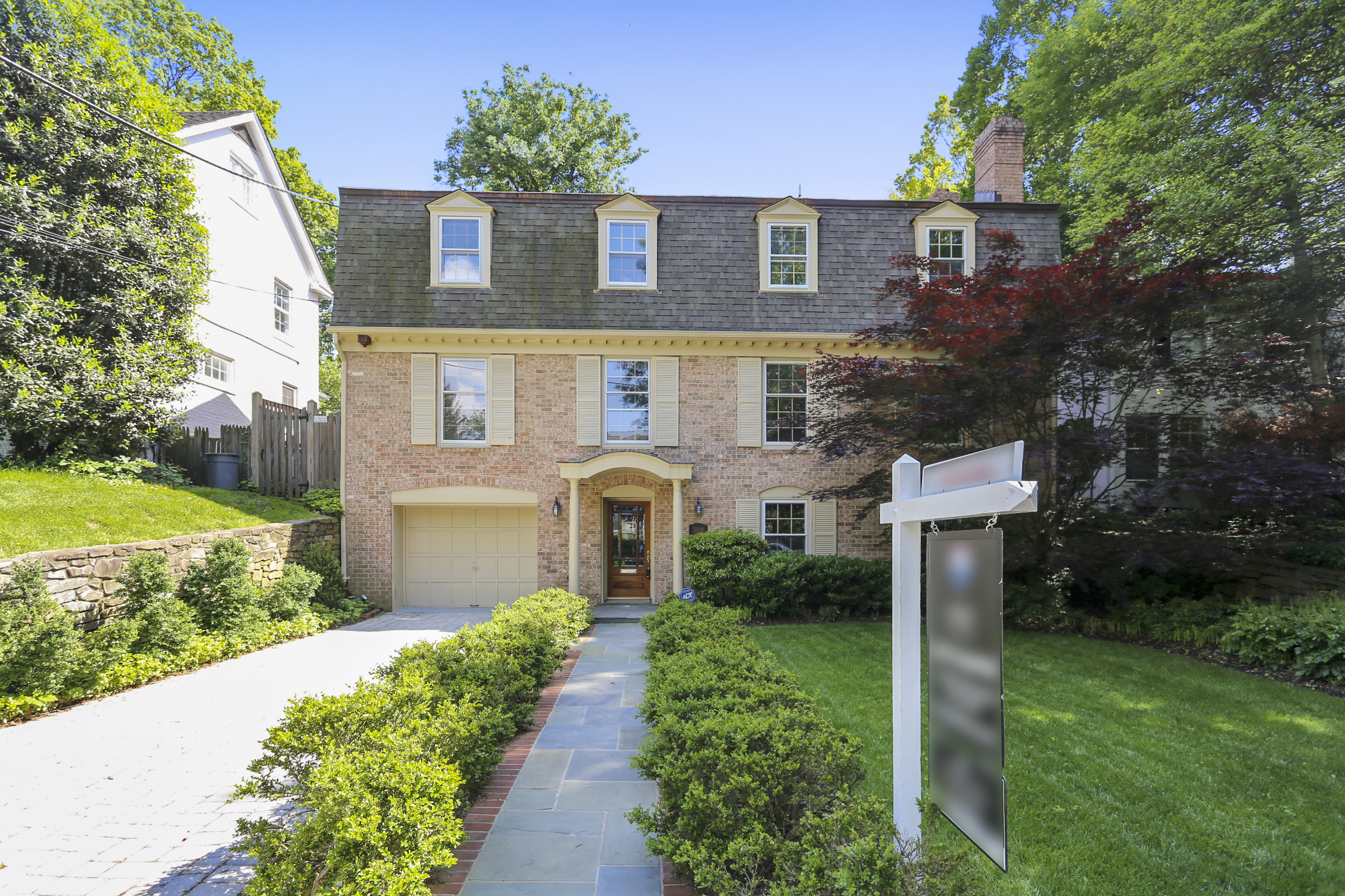 JUST LISTED IN CHEVY CHASE: 3908 Underwood St